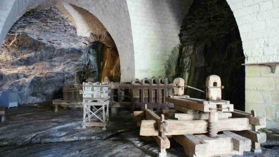 saint jean les caves angers 49 49000. Black Bedroom Furniture Sets. Home Design Ideas